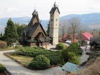 Karpacz, kościółek drewniany