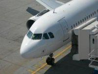 Samolot w trakcie odprawy